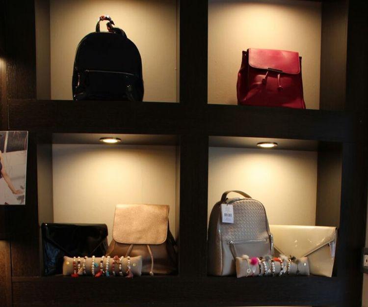 Foto 4 de Tiendas de ropa de mujer en Madrid | Midi Style
