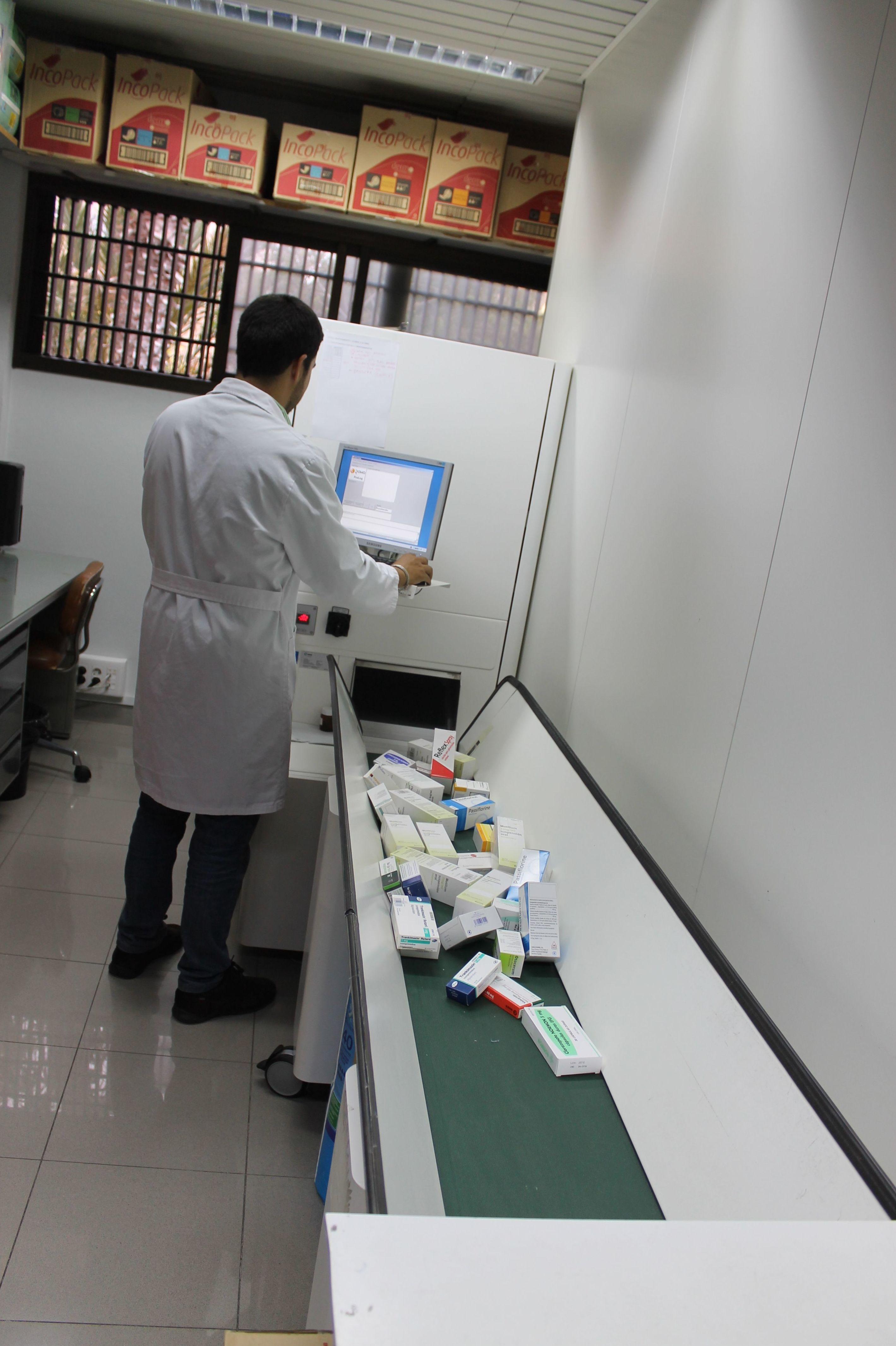 Disponemos de un amplio stock de medicamentos