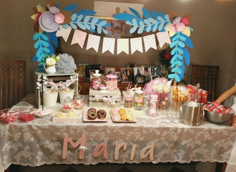 Mesa de comunión para María