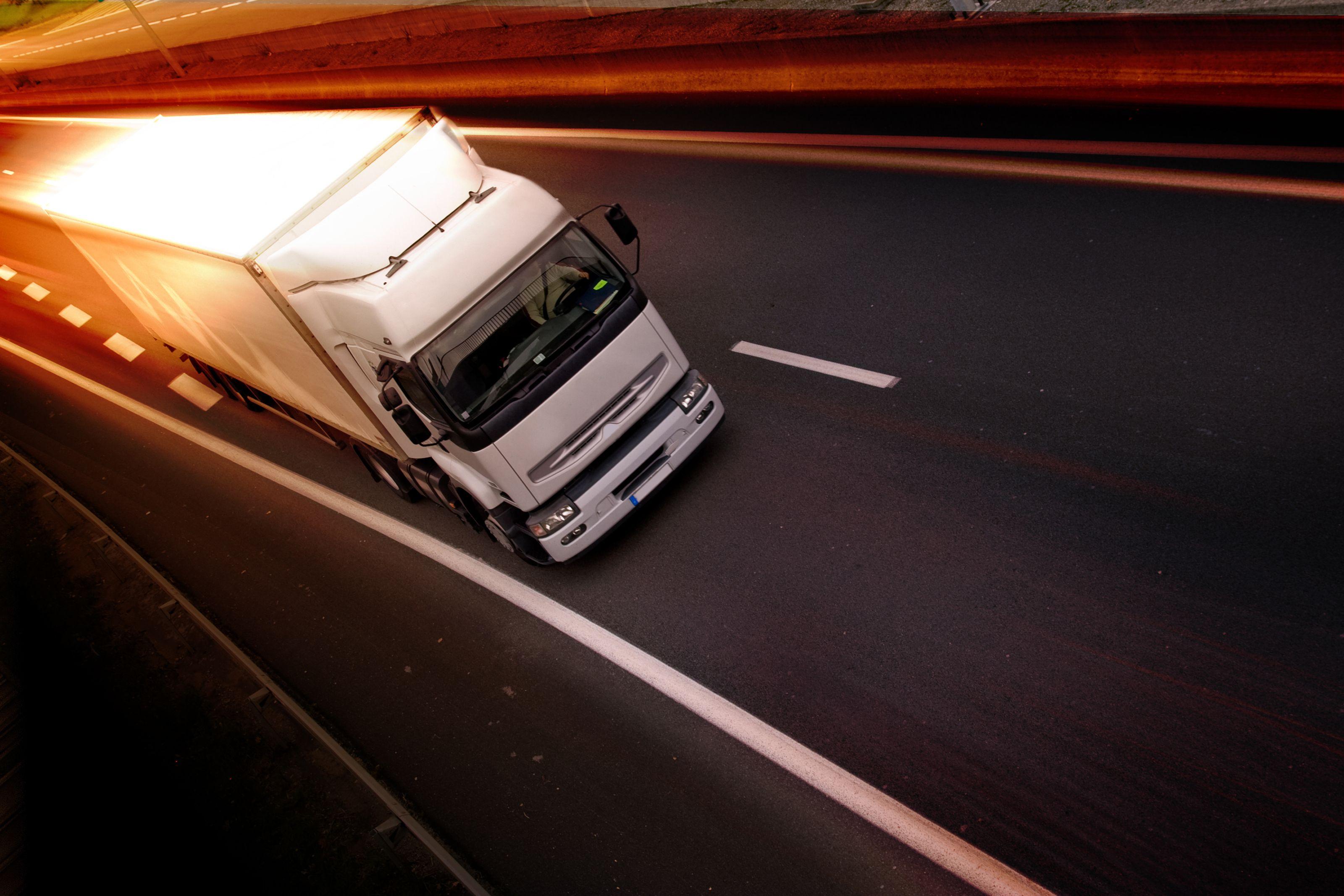 Transportes de mercancías por carretera: Servicios de Transportes Logística Marín