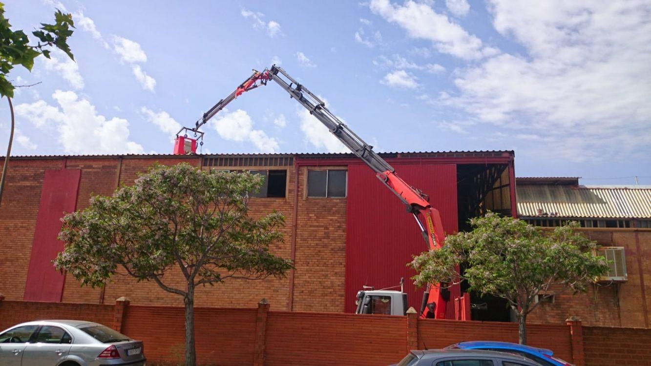 Camión grúa para todo tipo de trabajos en Almansa