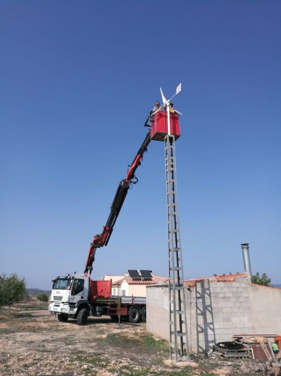 Trabajos realizados con camión grúa en Albacete