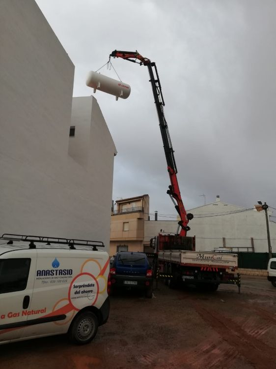 Realización de obras con camión grúa