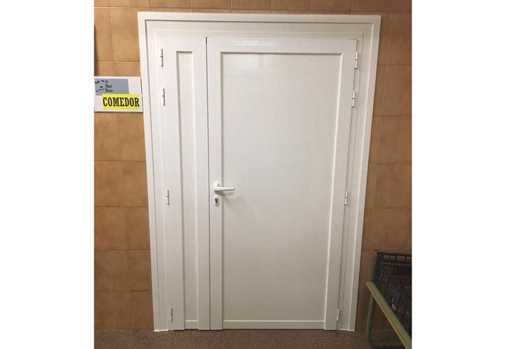 Puertas para colegio en Parla
