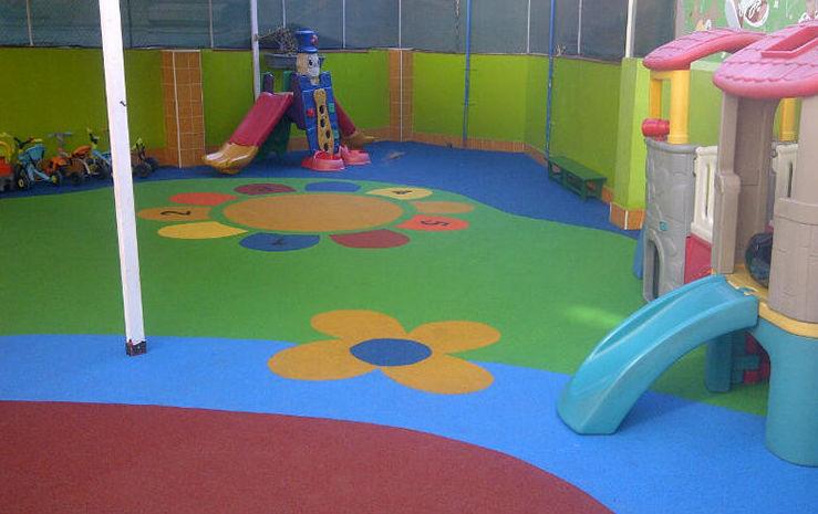 Foto 23 de Pavimentos para parques infantiles en Quart de Poblet | Pavimentos de Caucho