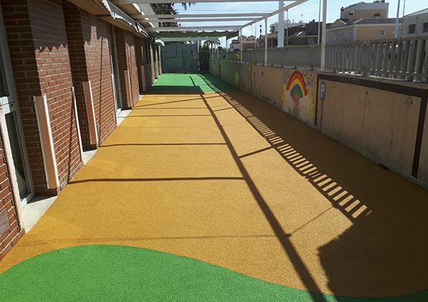 Foto 2 de Pavimentos para parques infantiles en Quart de Poblet | Pavimentos de Caucho