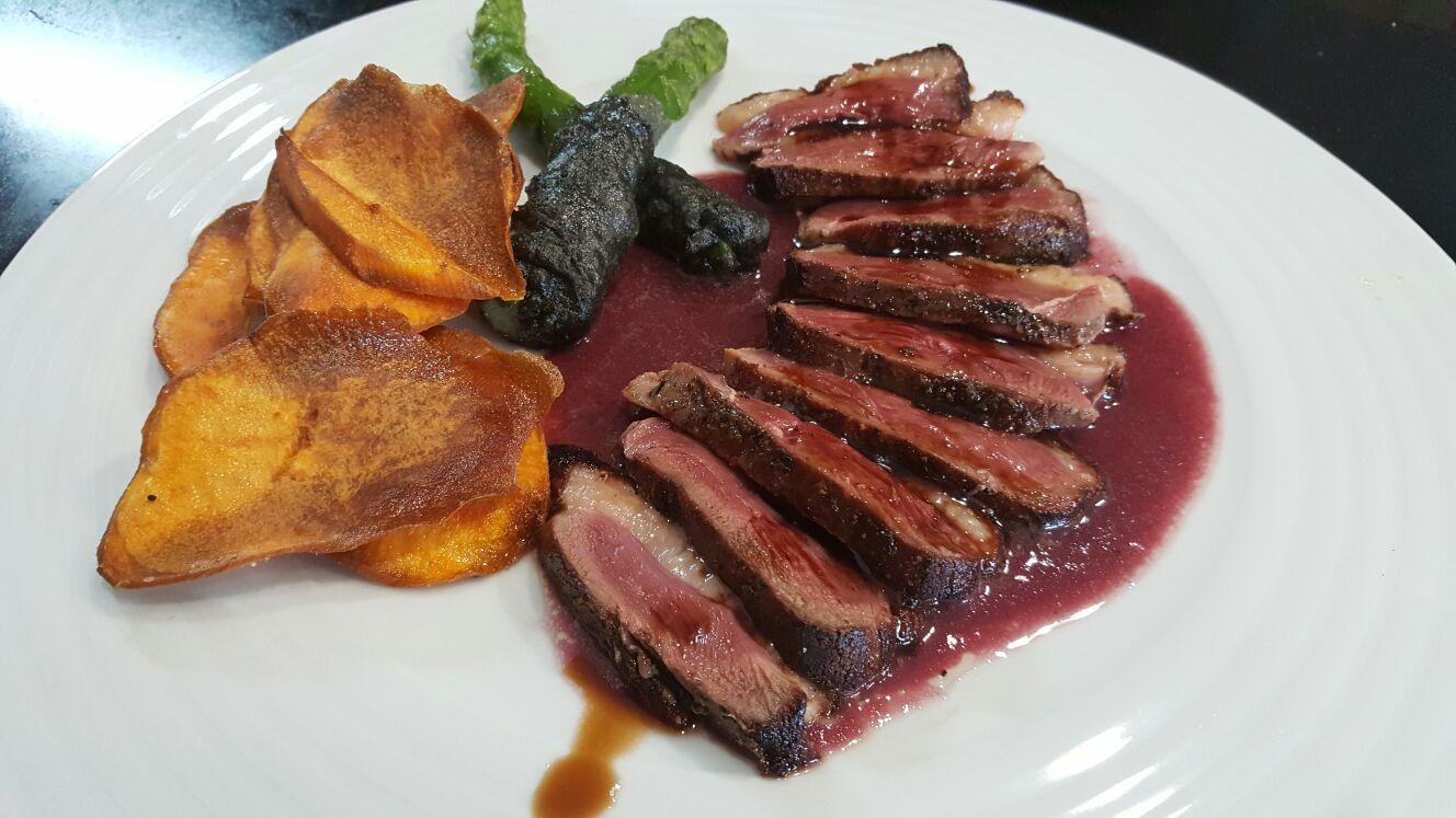Maravillosas carnes a la brasa en Calafell