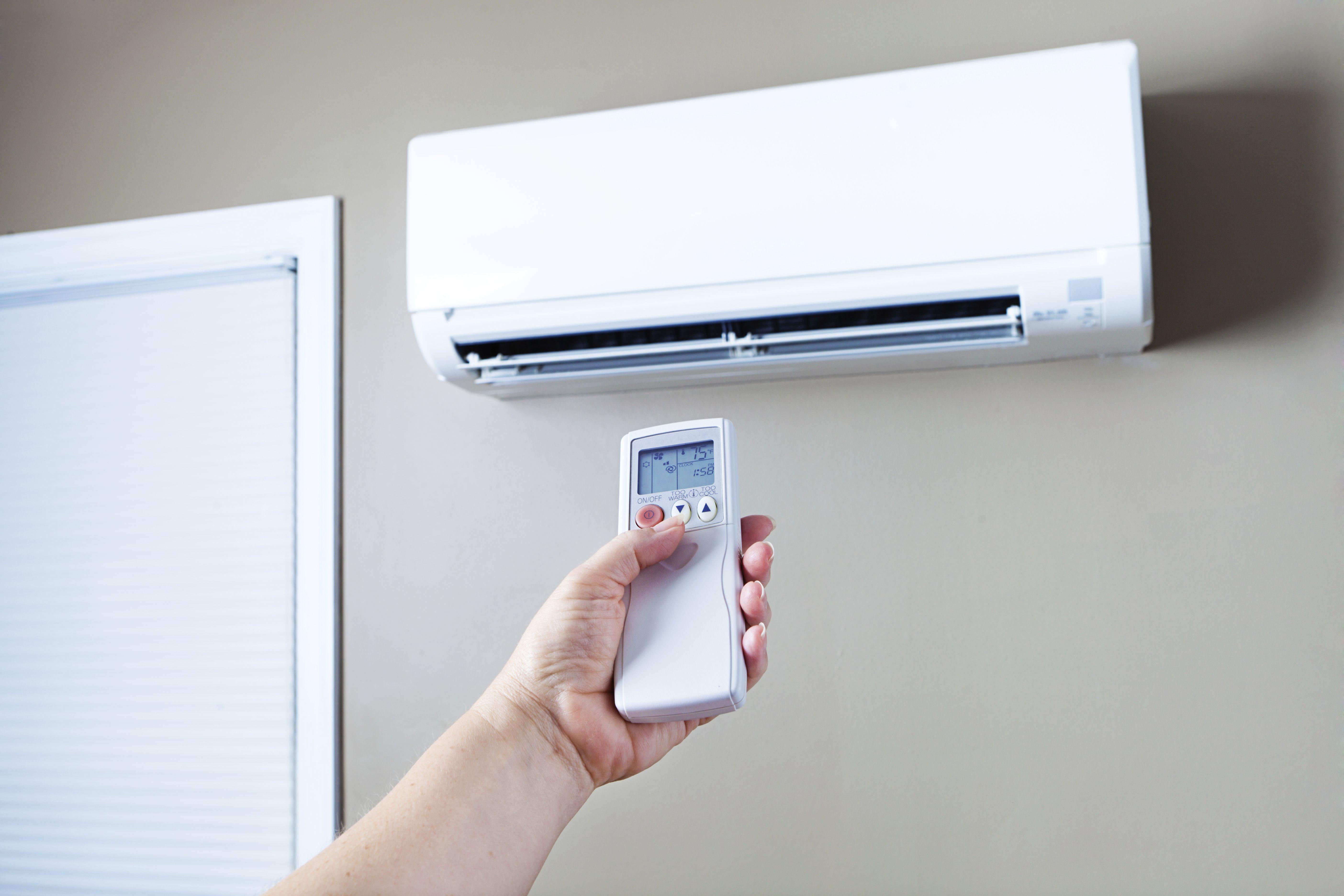Mantenimiento de aire acondicionado en viviendas
