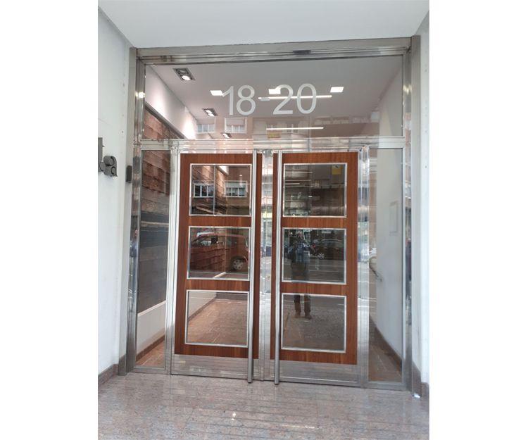 Instalación de puertas de portal en Zaragoza