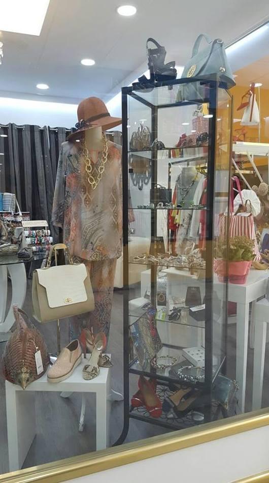 Sombreros de mujer de alta costura: Productos de M.J. Barrena