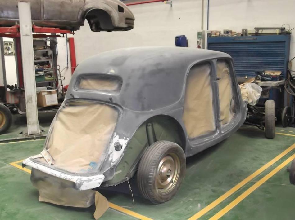 Taller chapa y pintura especializado en restaurar coches clásicos en Madrid