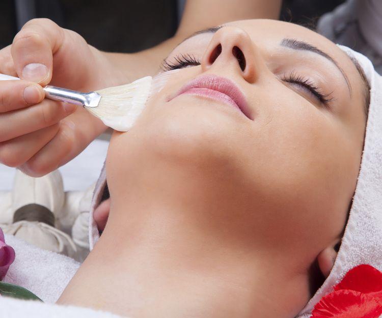Tratamiento para eliminar manchas faciales