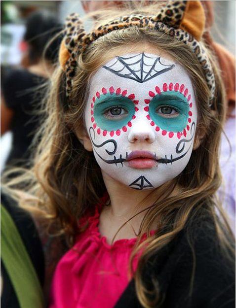 Servicio de maquillaje para fiestas infantiles
