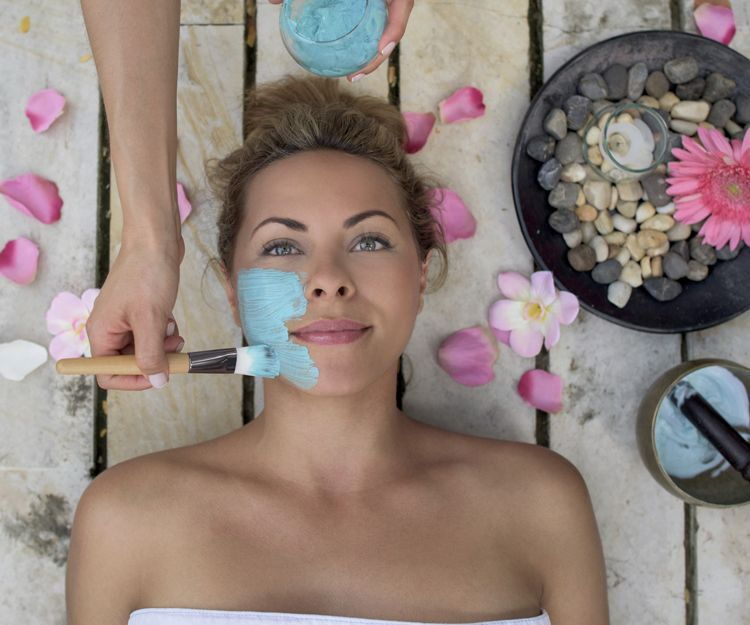 Tratamiento facial con plasma