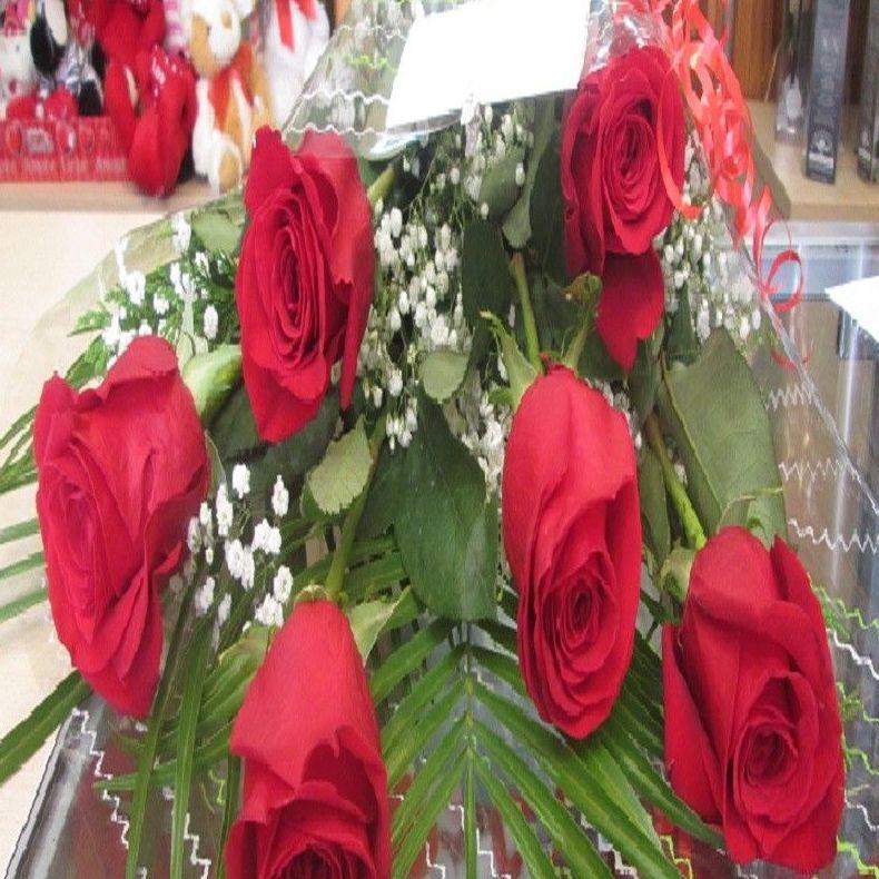 Ramo de 6 rosas de Ecuador