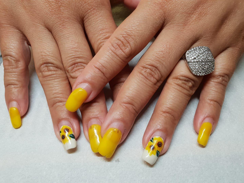 Manicura con esmalte semi permanente. Tus uñas perfectas 28 días