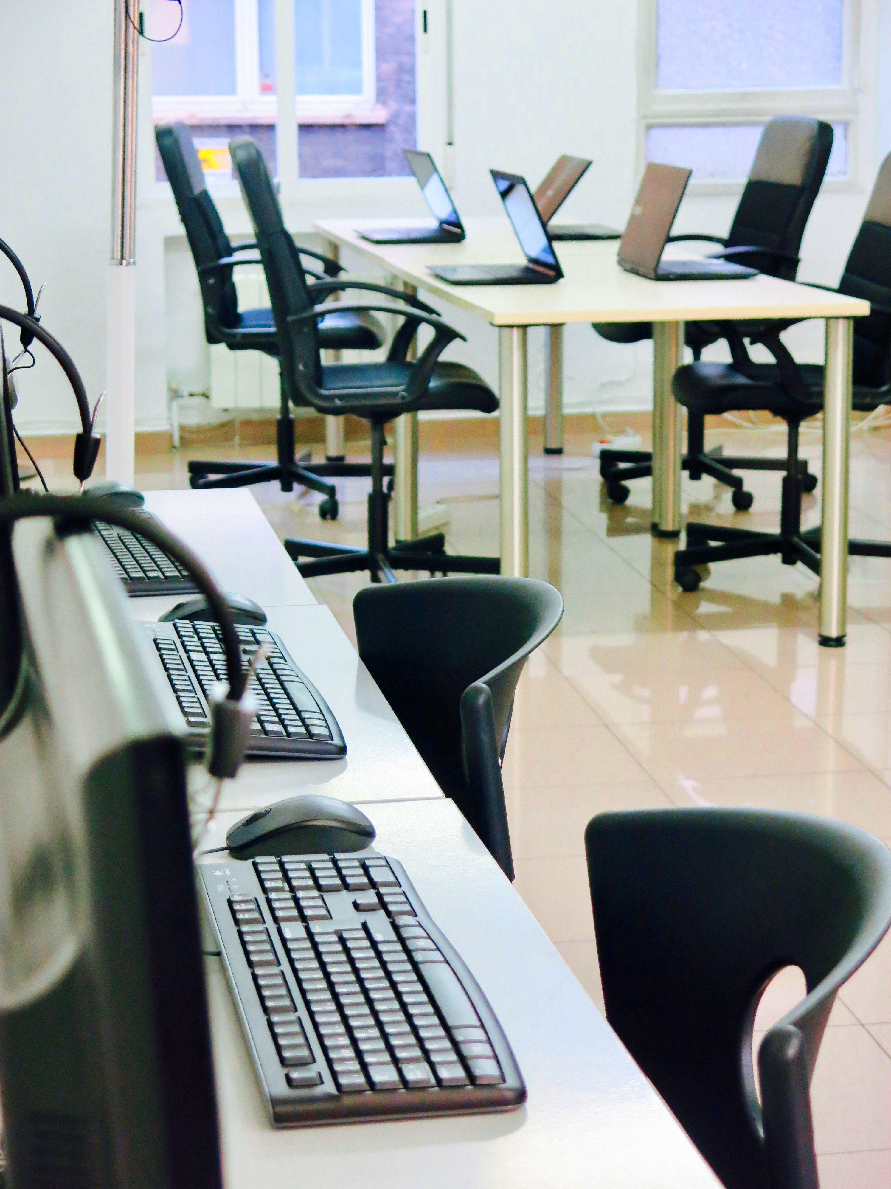 Foto 5 de Academias de informática en Madrid | meca-rapid Felipe II