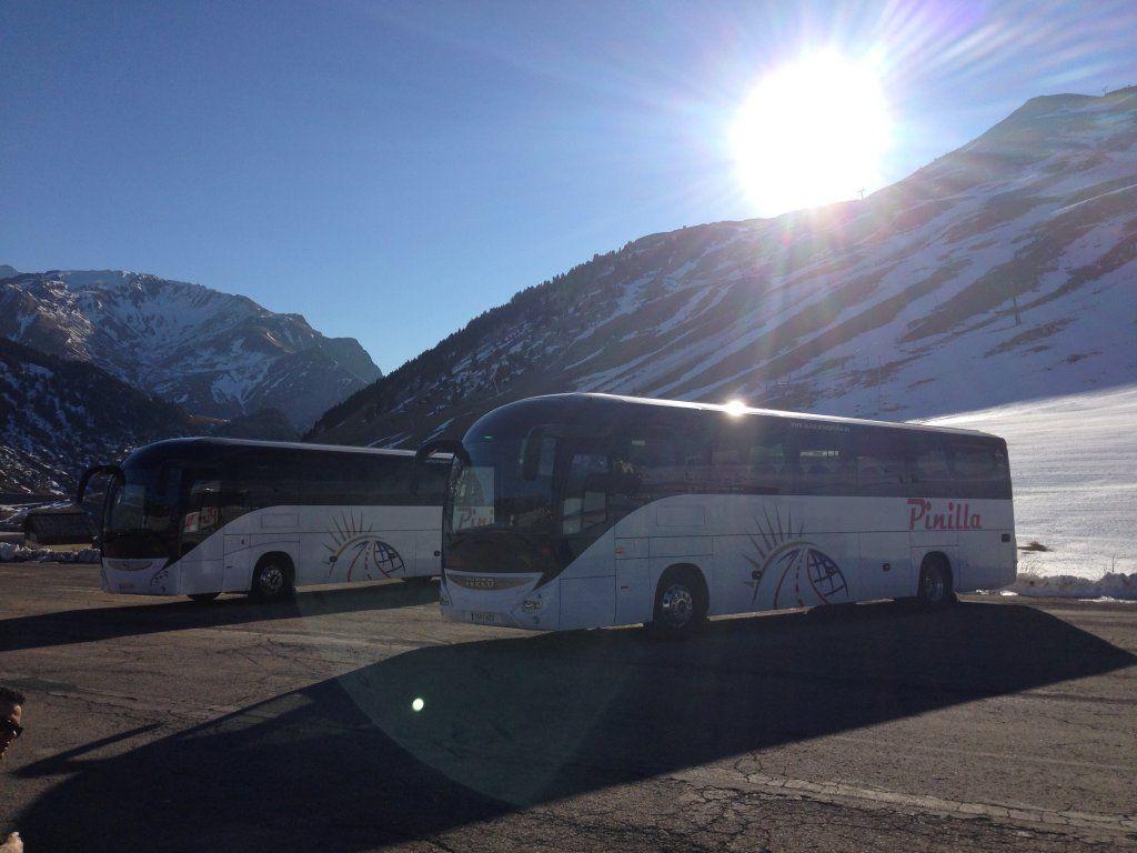 Servicio turístico a España y Europa: Servicios de Autocares Pinilla, S.L.