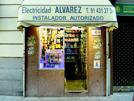 Foto 13 de Electricidad en  | Multiservicios Lagasca 30