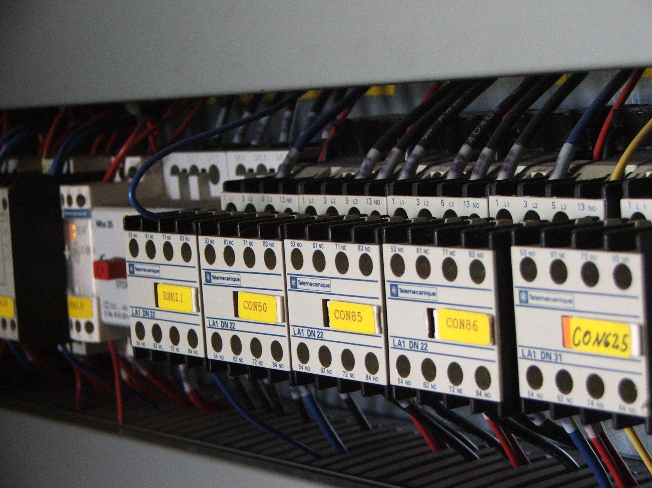 Mantenimiento de instalaciones eléctricas: Productos de electricidad de Electricidad Lagasca 30