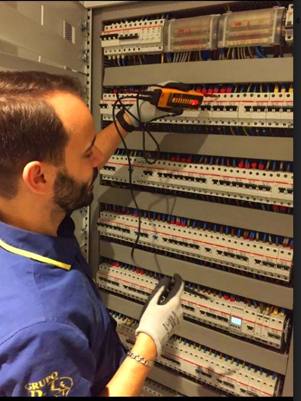 Foto 3 de Electricidad en Oviedo   Grupo DT Electricistas