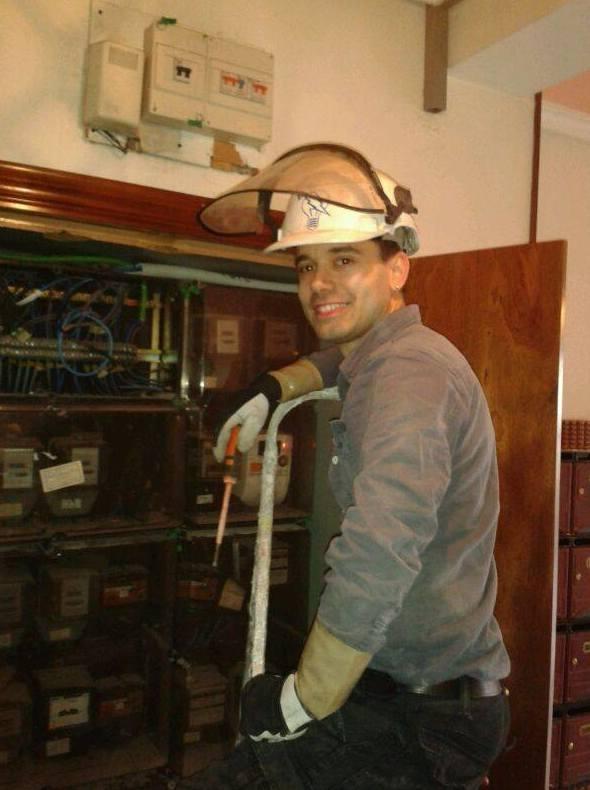 Empresa seria y profesional especializada en instalaciones y reparaciones eléctricas