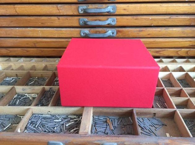 Caja forrada con imán: Catálogo de Cartonajes A. Tolosa, S.L.