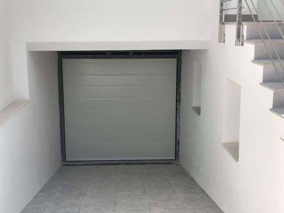 Puertas de garaje automáticas en Jaén