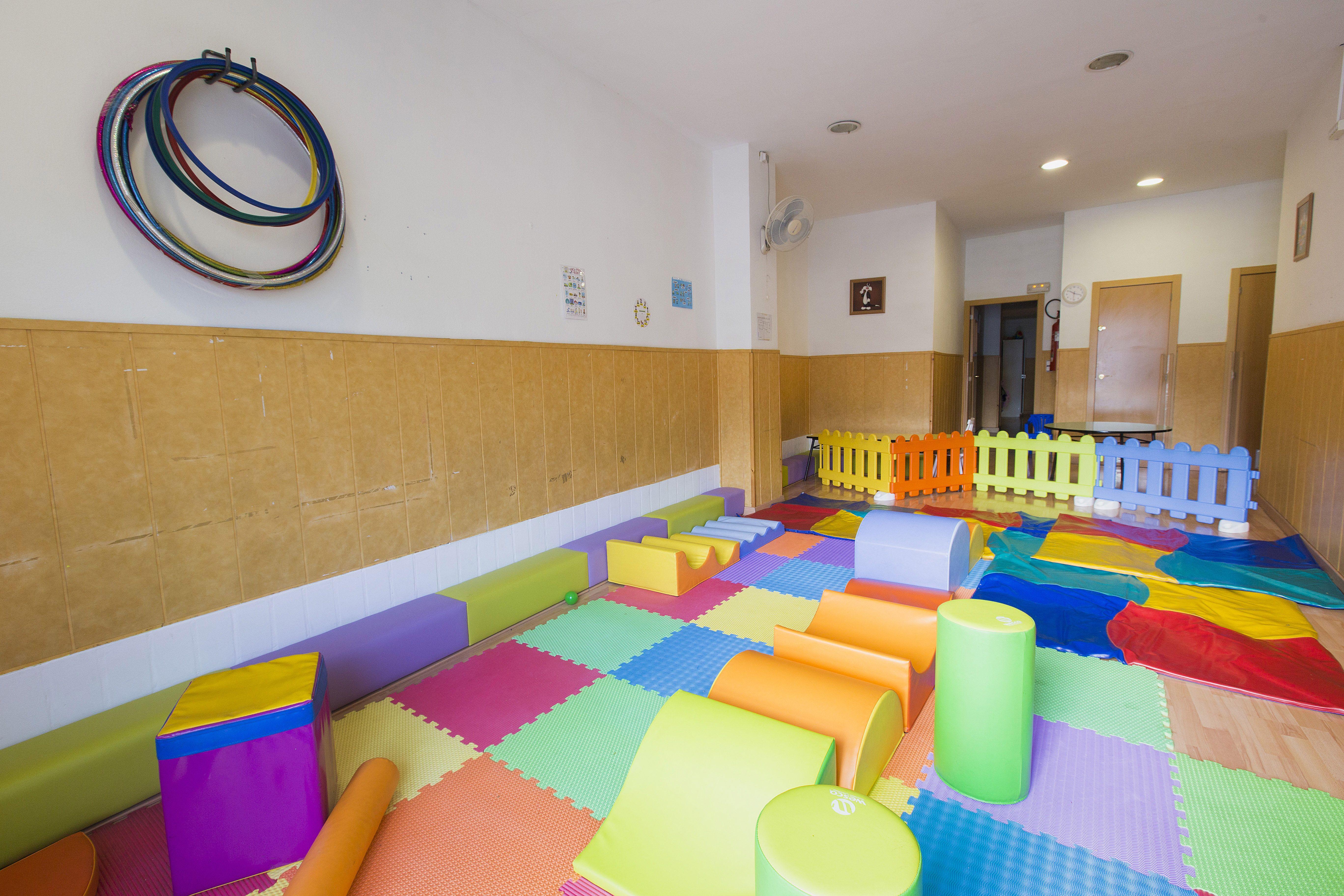 Modernas aulas para jugar de forma segura y cómoda