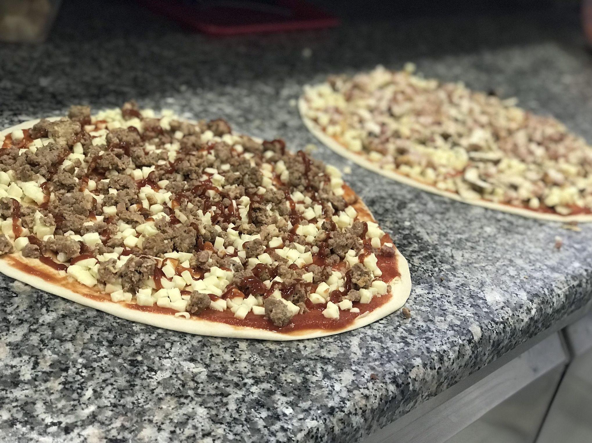 Foto 2 de Pizzerías en Cassà de la Selva | La Pizza Nostra