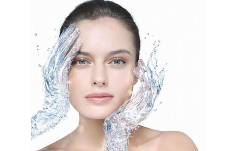Hidrata, protege y luce fascinante tu piel a través de la hidratación