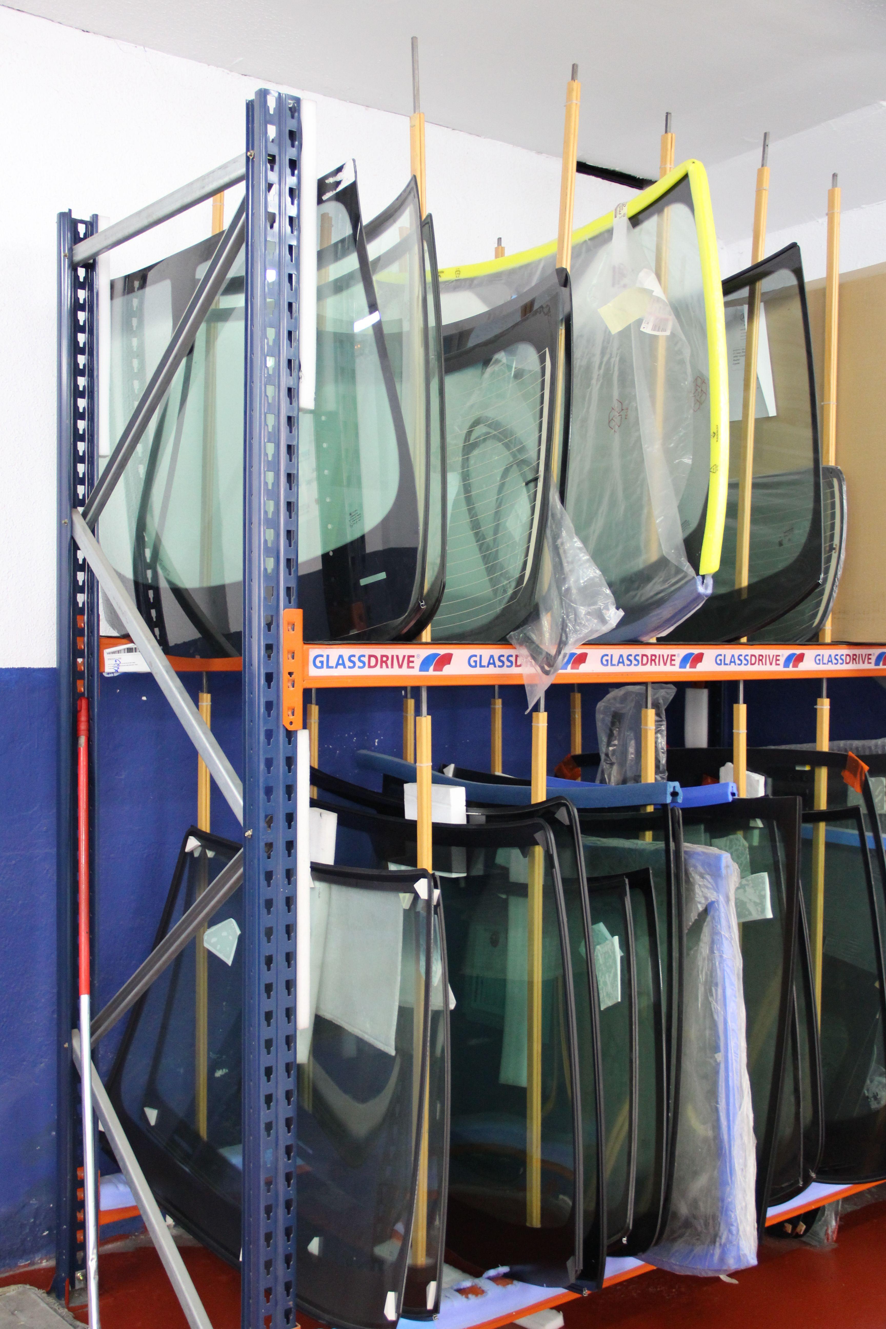 Foto 6 de Expertos en reparación, cambio y tintado de lunas en Getafe | Glassdrive Getafe