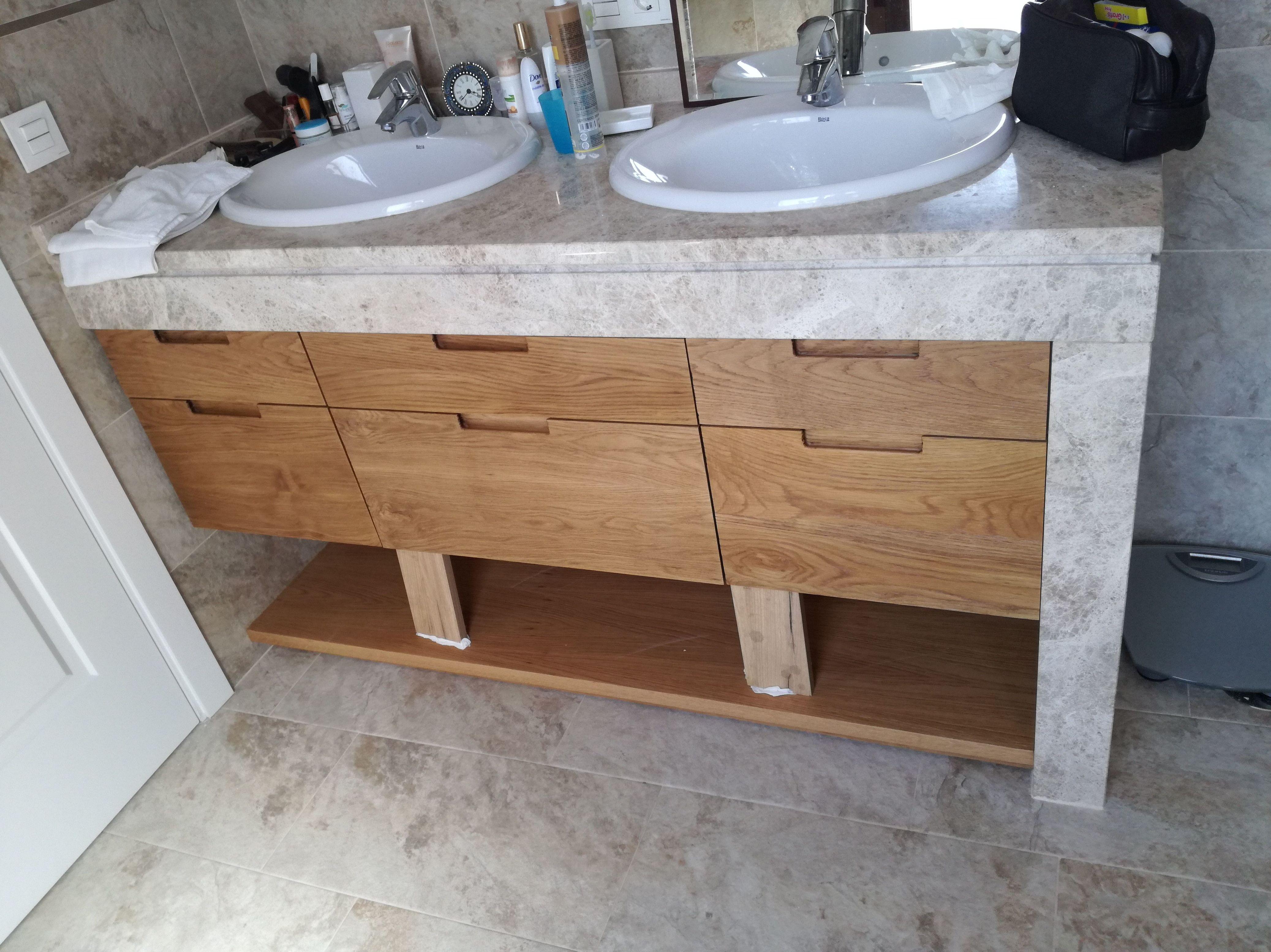 Armarios para lavabo en madera a medida