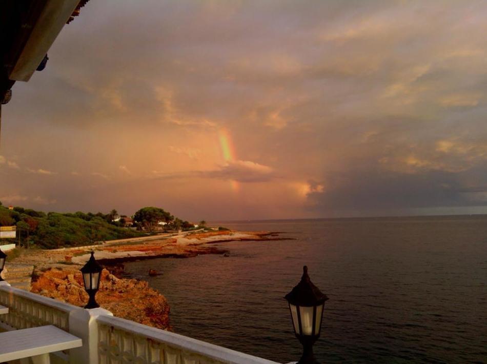Restaurante con impresionantes vistas al mar junto a Denia