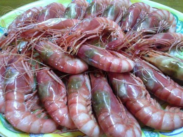 Gambas rojas de Denia de primera calidad en Restaurante Mena