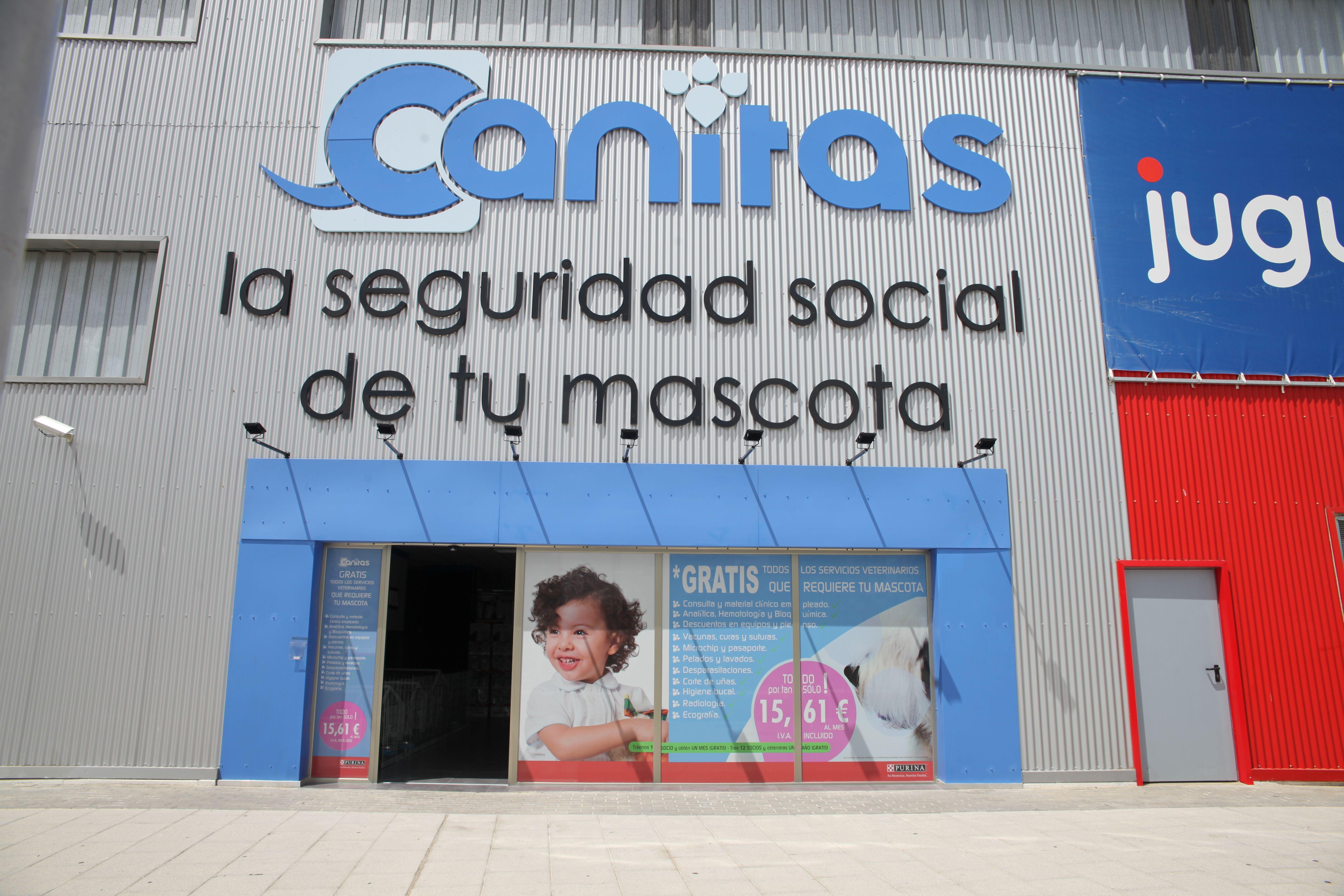Foto 6 de Veterinarios en  | Canitas