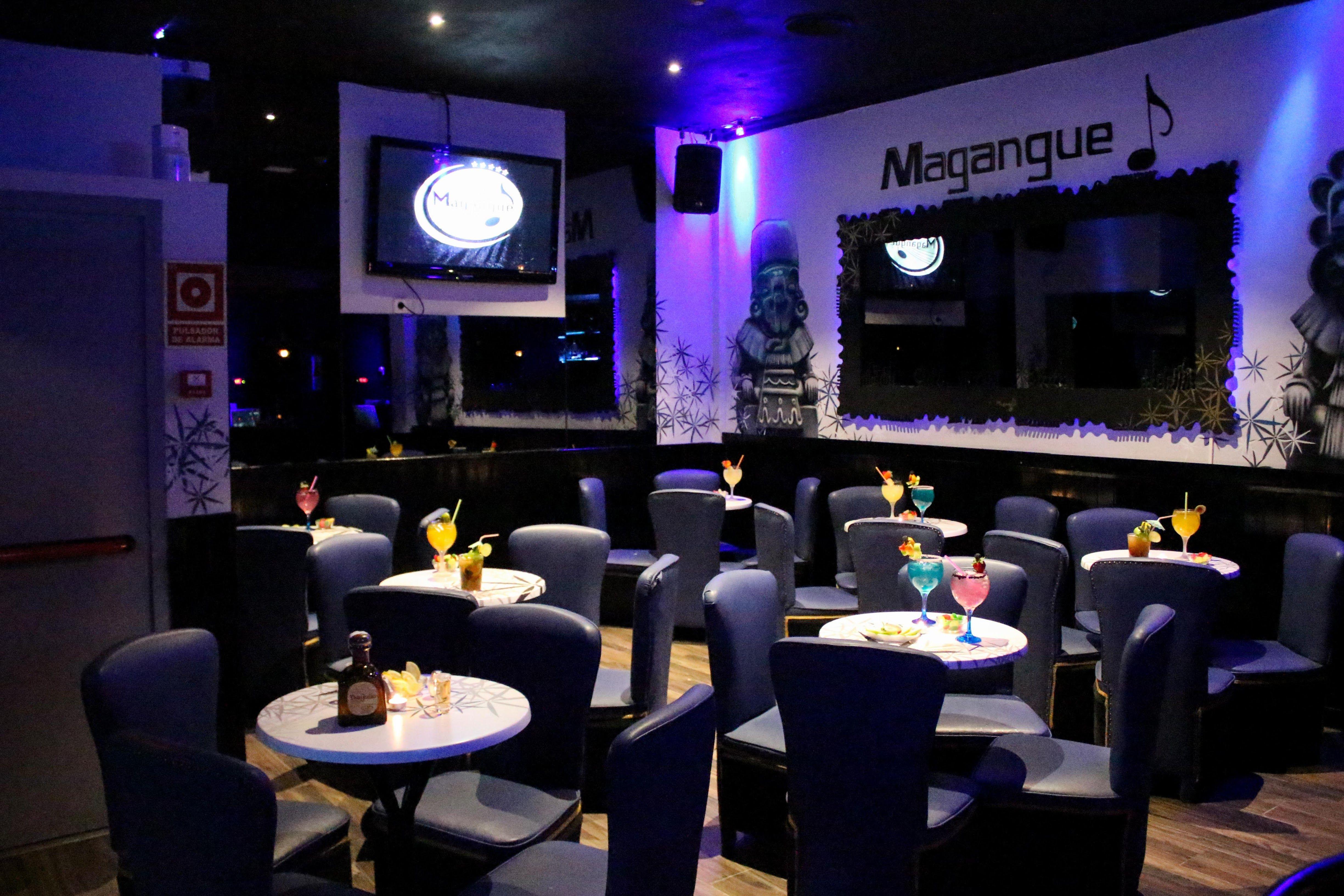 Foto 1 de Bar de música y actuaciones latinas en Madrid | Magangue