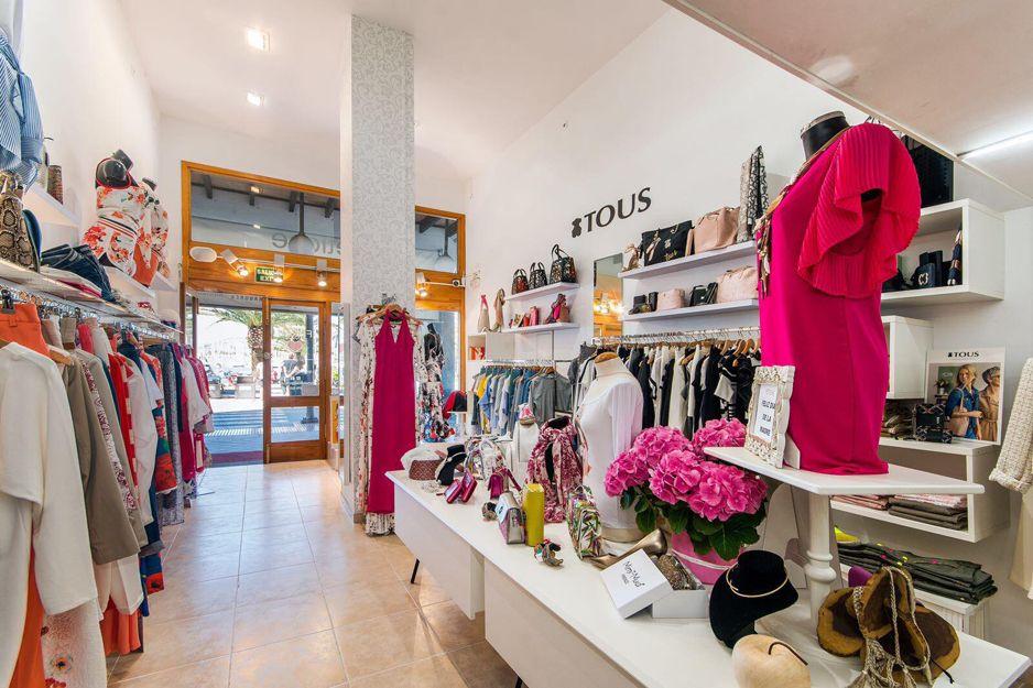 Tiendas de ropa de mujer en el Port d'Alcúdia