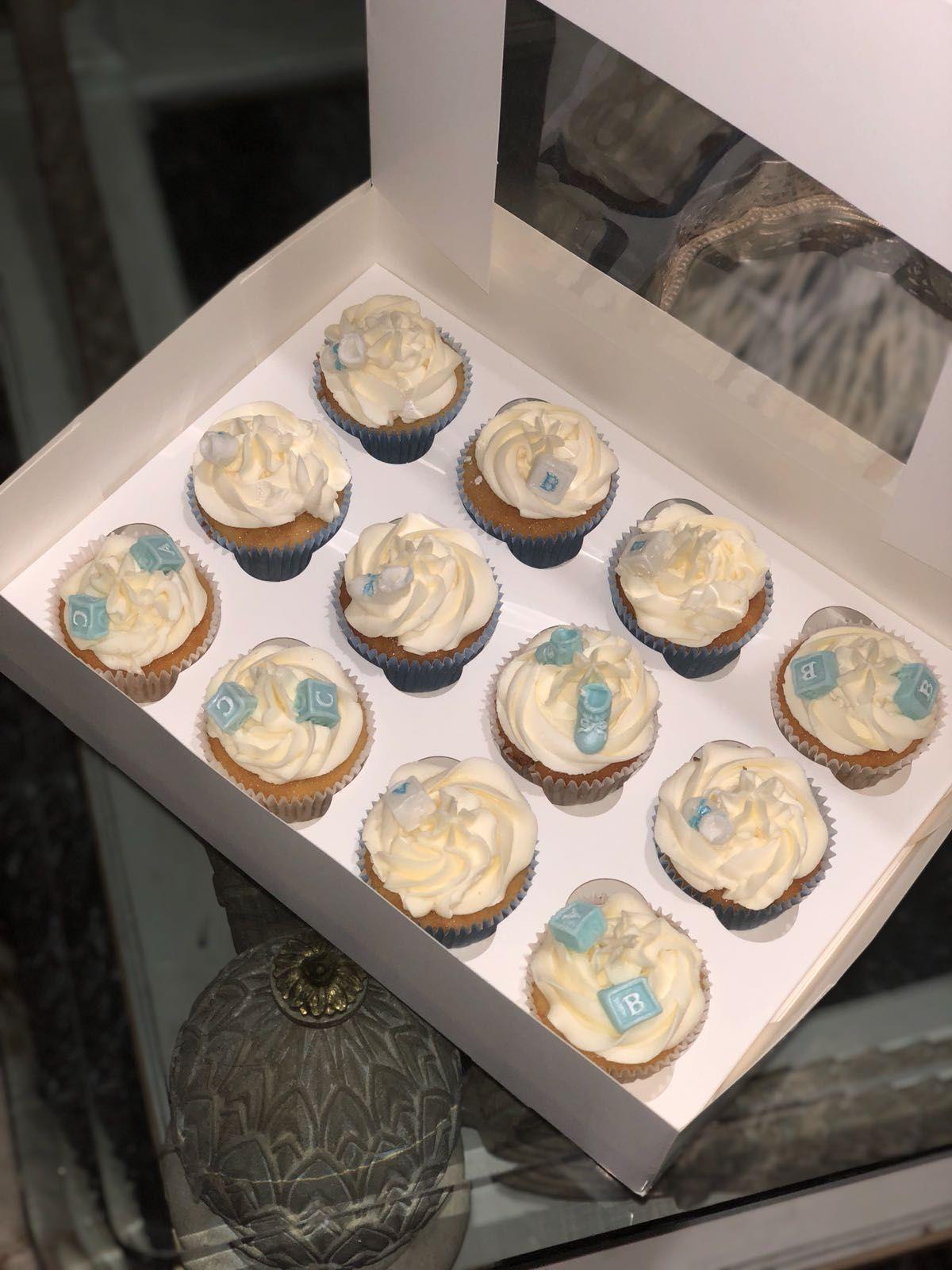 Elaboración de pasteles para mesas dulces en Marbella