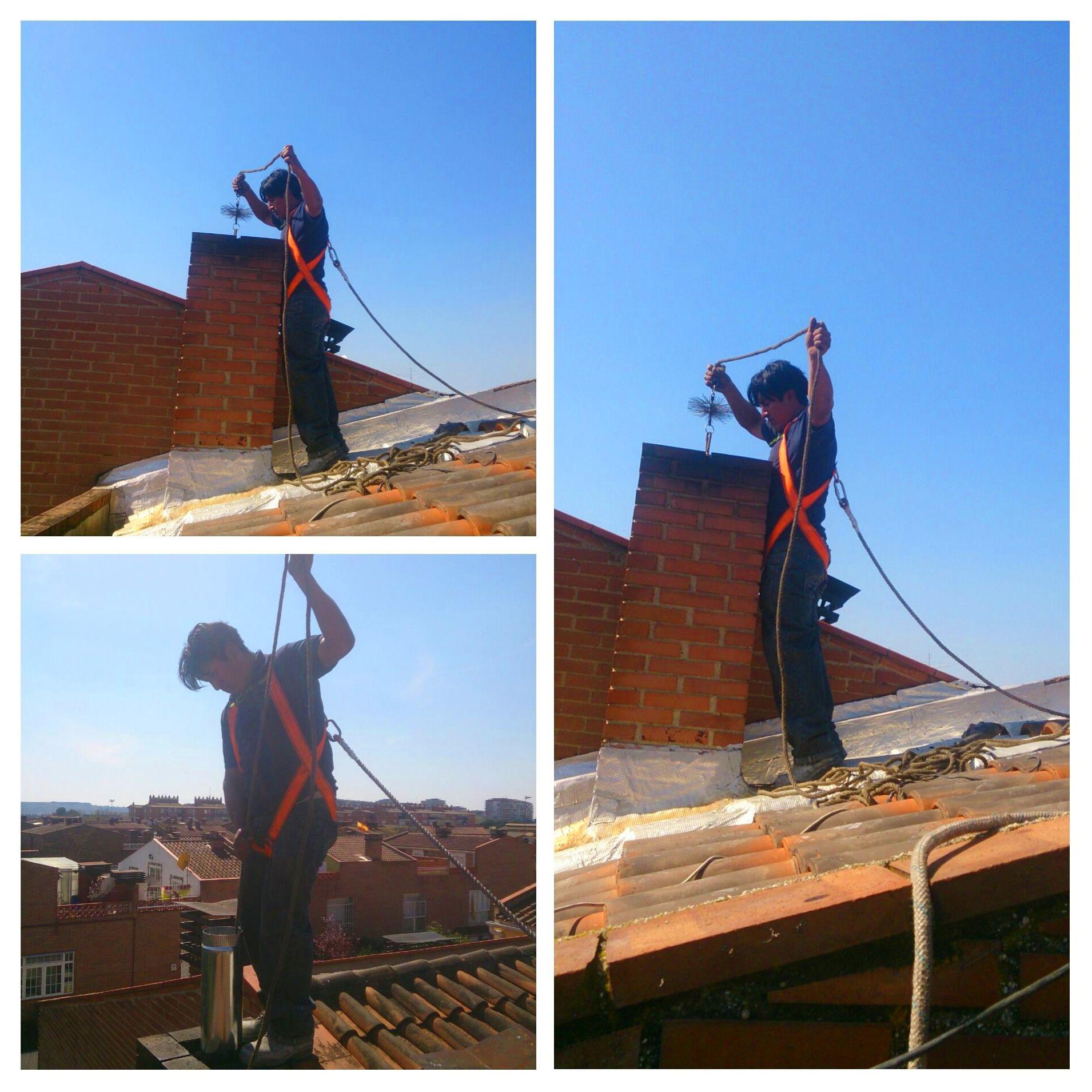 limpieza de la chimenea desde el tejado