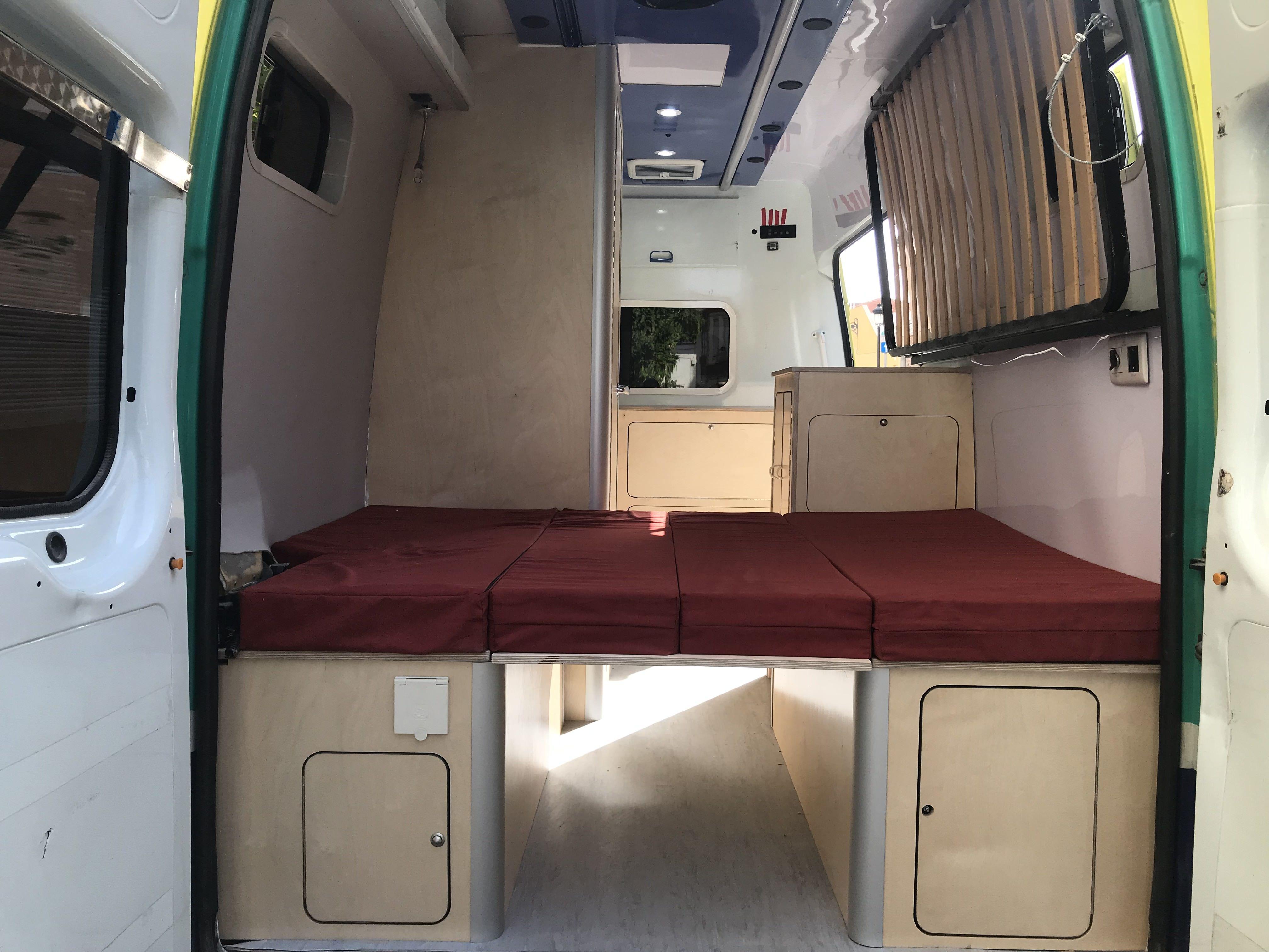 Foto 7 de Empresa dedicada a la camperización de furgonetas en València | CamperValencia