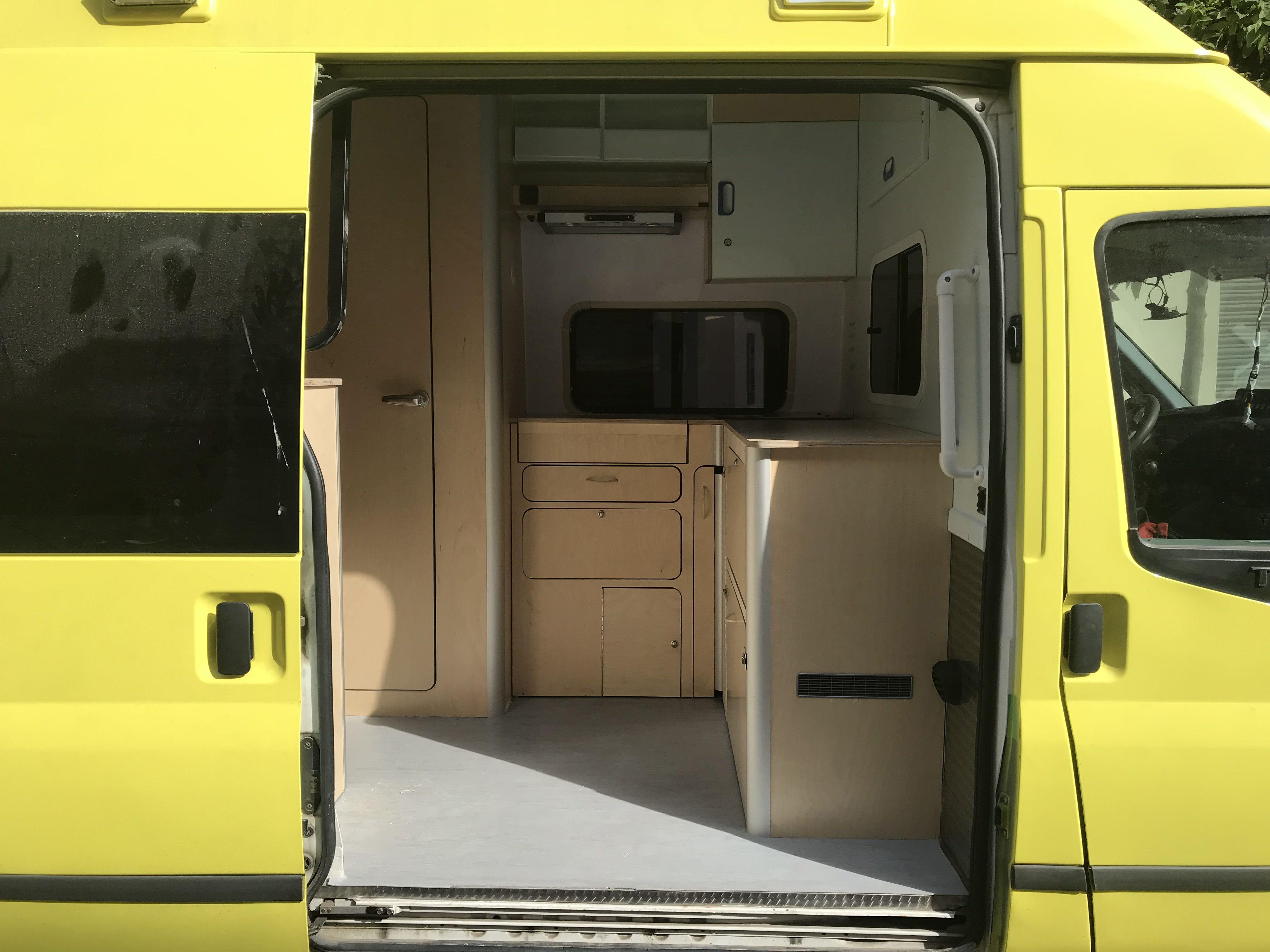 Foto 3 de Empresa dedicada a la camperización de furgonetas en València | CamperValencia