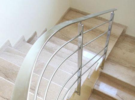 Escalera de caracol en acero