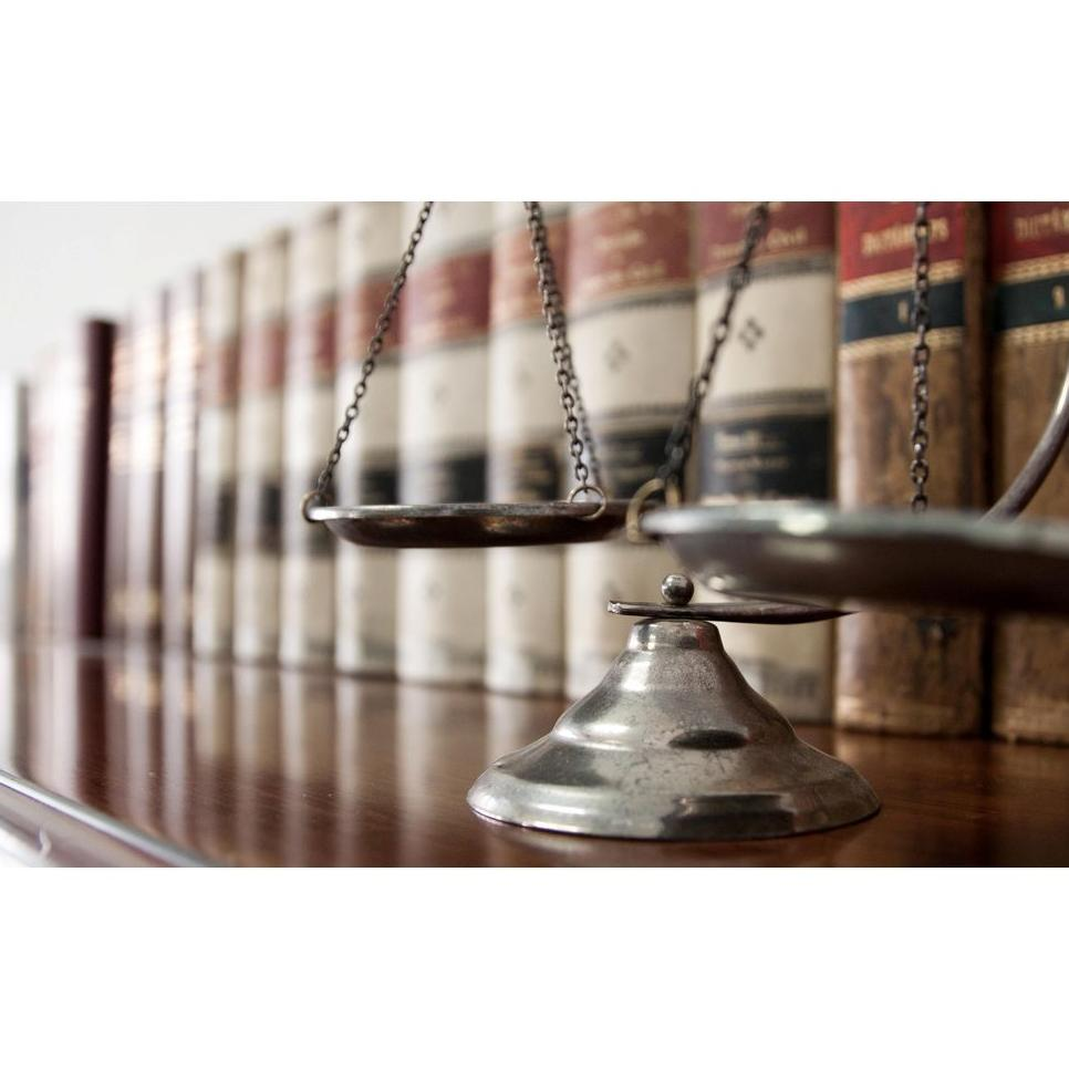 Derecho laboral : Servicios de Antonia Barba Garcia