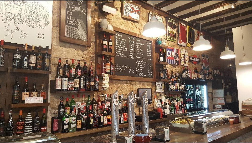 Vermut / Vinos / Cervezas: Servicios de El Nuevo Orfeón