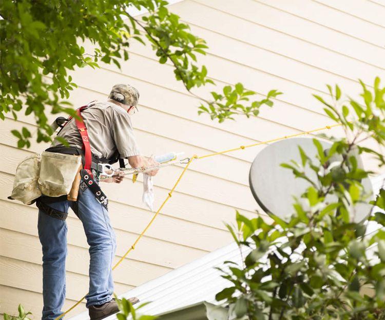 Trabajos verticales de fachadas, tejados y terrazas en Madrid
