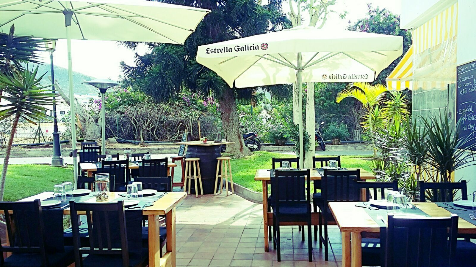 Restaurante con terraza en Los Cristianos