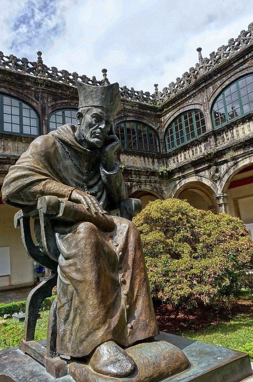 Rutas turísticas por Santiago y Galicia: Servicios de Tele Taxi Compostela