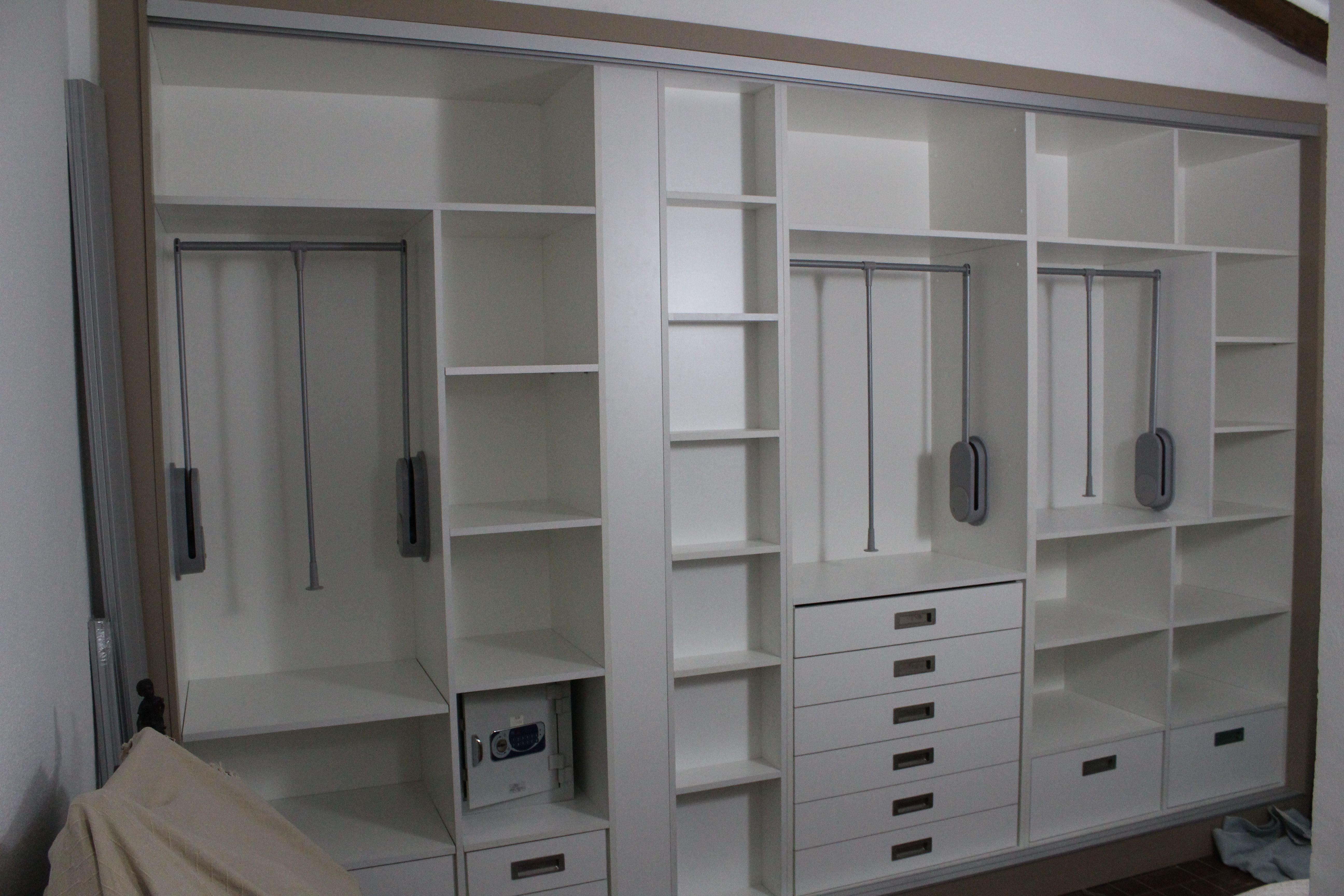 Revestimiento de interiores de armariio