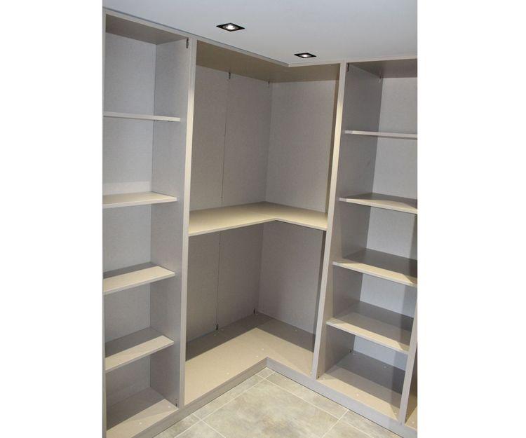 Diferentes modelos de revestimiento de armario